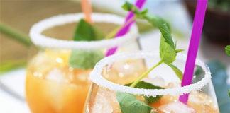 Cocktail Xeres, orange, et pomme