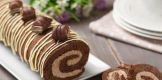 Gâteau roulé au Kinder Bueno